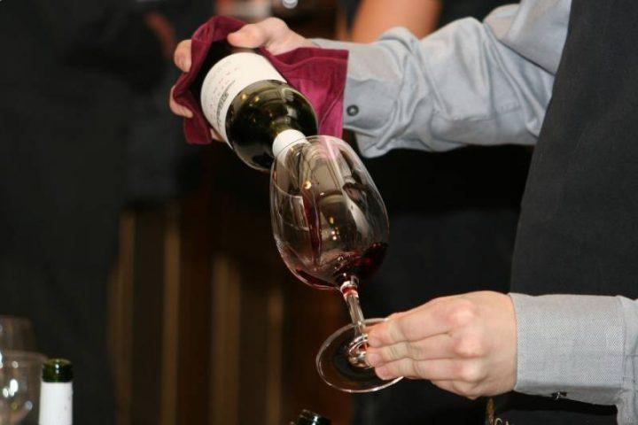 découvrez une méthode de dégustation du vin par chateau coco